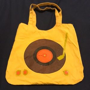 Tote bag with vinyl record turntable design